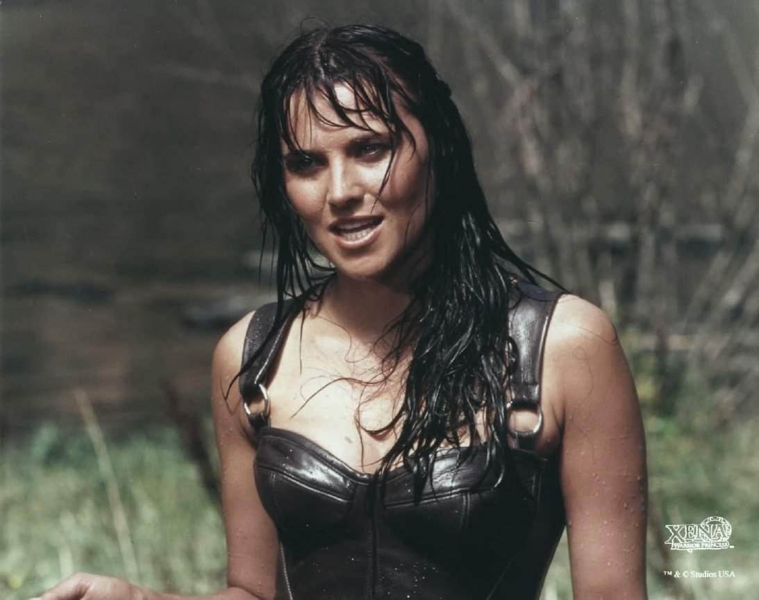 Xena: Warrior Princess wet