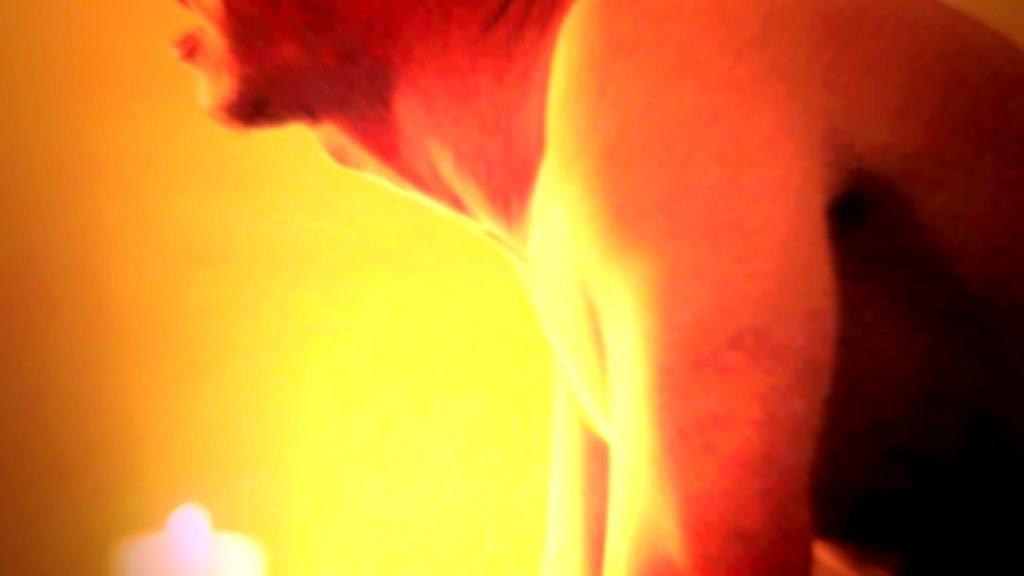 Evan Peters torture